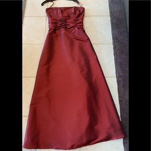 Burgundy iridescent Jordan Dress, Size 8